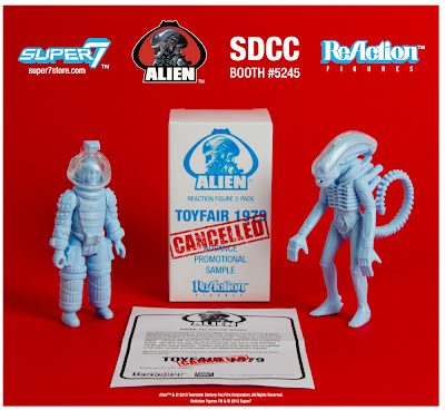 "San Diego Comic-Con 2013 Exclusive Alien ReAction ""Discovered Sales Samples"" Kenner Action Figure 2 Pack by Super7 - Kane & Alien (Big Chap)"
