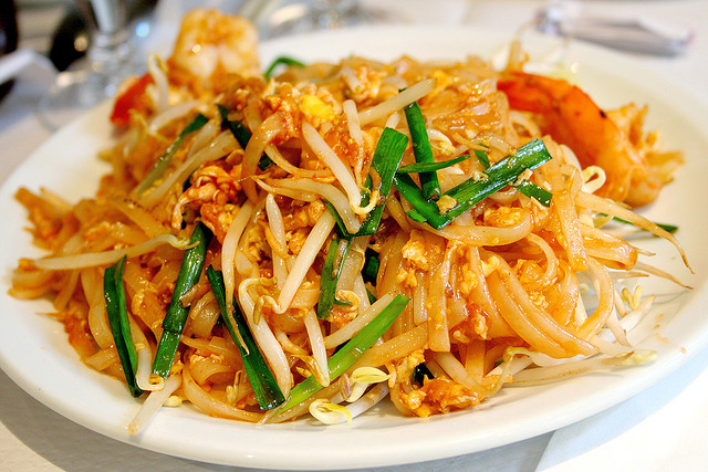 1568 moreover Thailandische Gerichte as well 28314 additionally Warm Spinach Salad in addition Takoyaki 2. on sauce for yakisoba noodles recipe