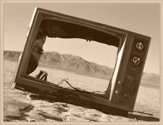 Privatización y cierre de la televisión autonómica