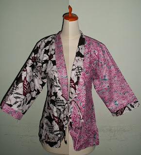 Foto Baju Batik Wanita Jogja