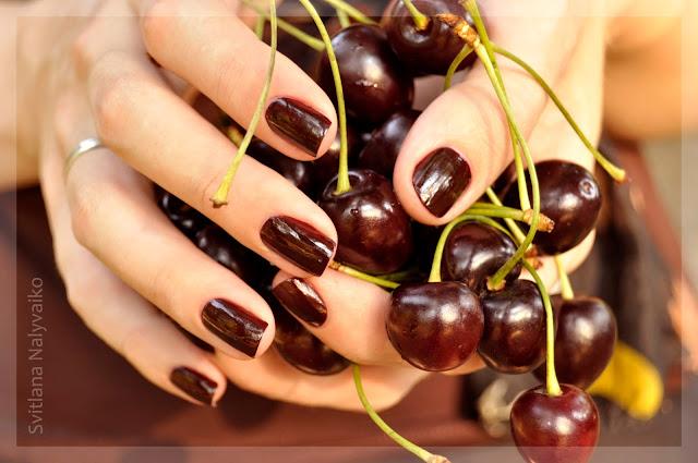 Лак для ногтей Kiko 226 Rouge Noire Nail Lacquer