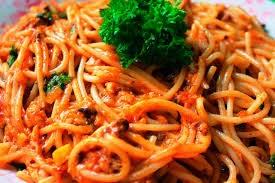 Deliciosa receita de espaguete com sardinha