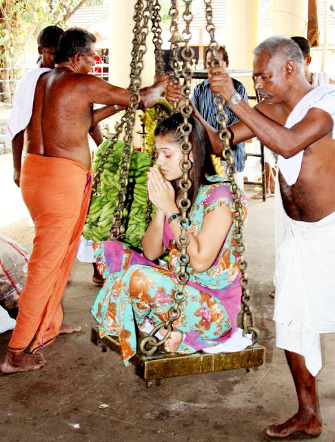 Nayantara - Nayantara converted to Hindu At Chettikulangara Temple