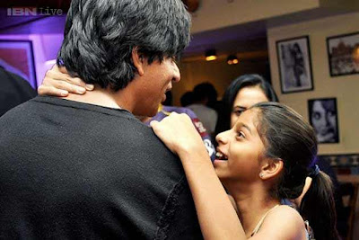 How come Shah Rukh Khan's daughter Aryan presenting your ex sleepless nights.