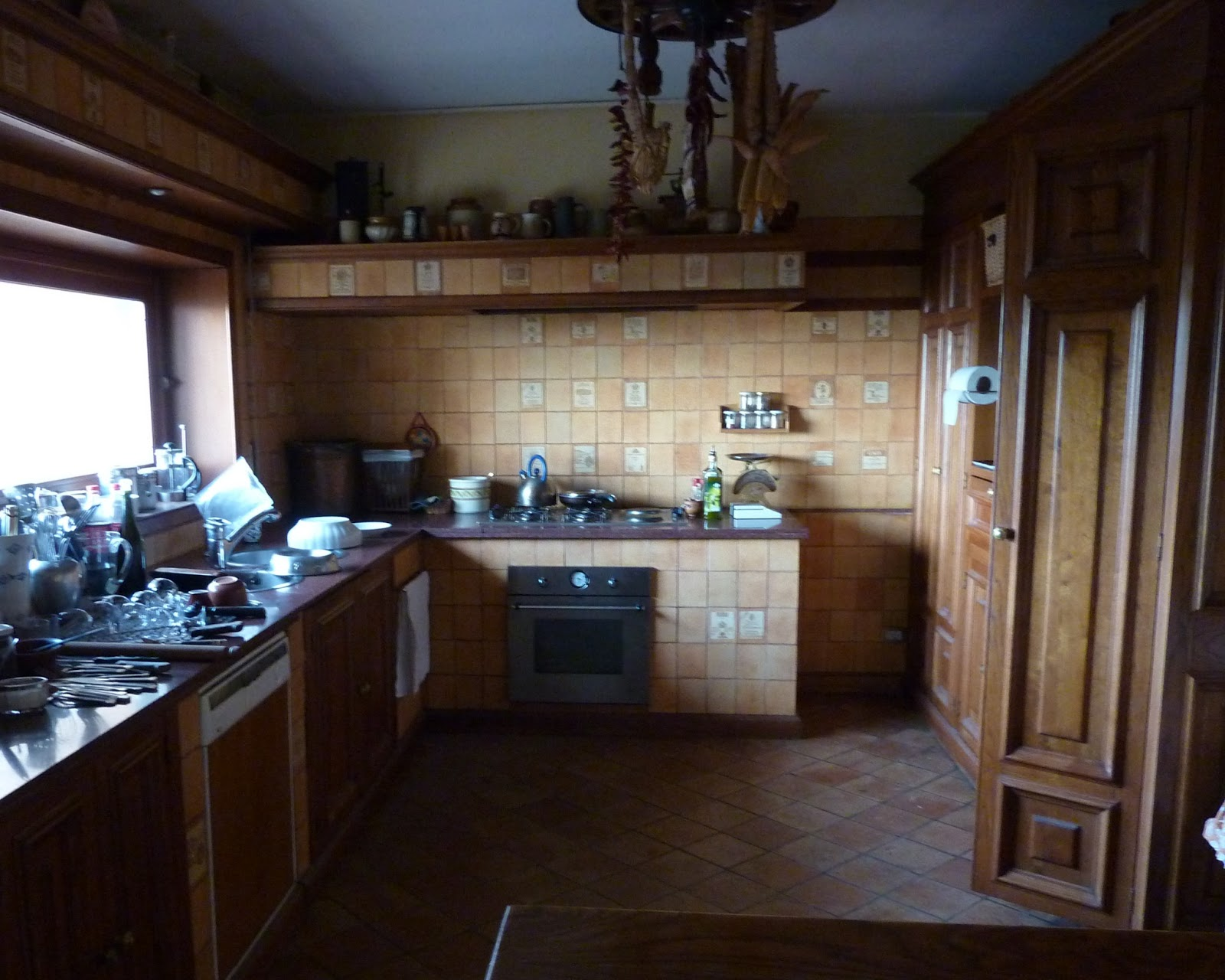 My new old life country kitchen la cucina economica for Cucina country economica