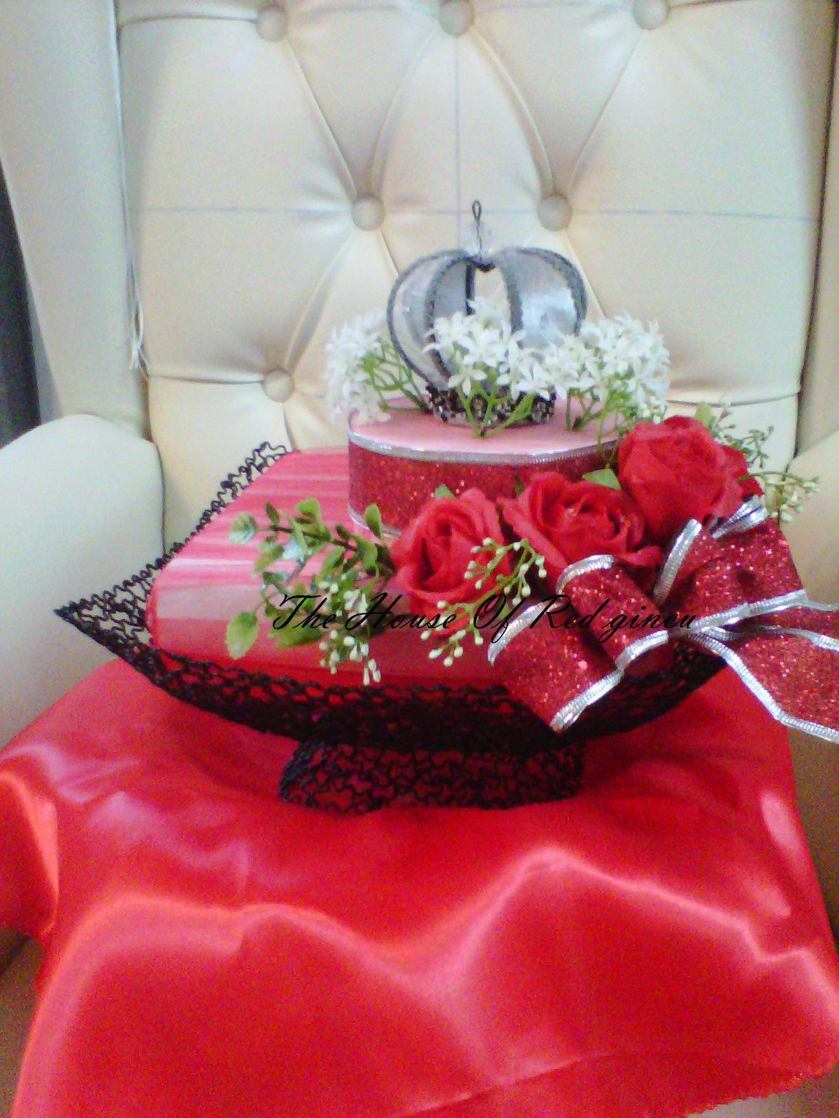 wedding boutique the house of red gincu gubahan hantaran