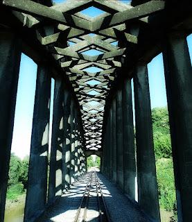 Ponte Férrea em Arco, Mata (RS)