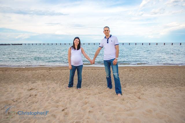 Lincoln Park Chicago Lake Michigan Beach Maternity Photo