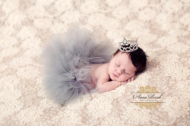 Mała, piękna królewna...