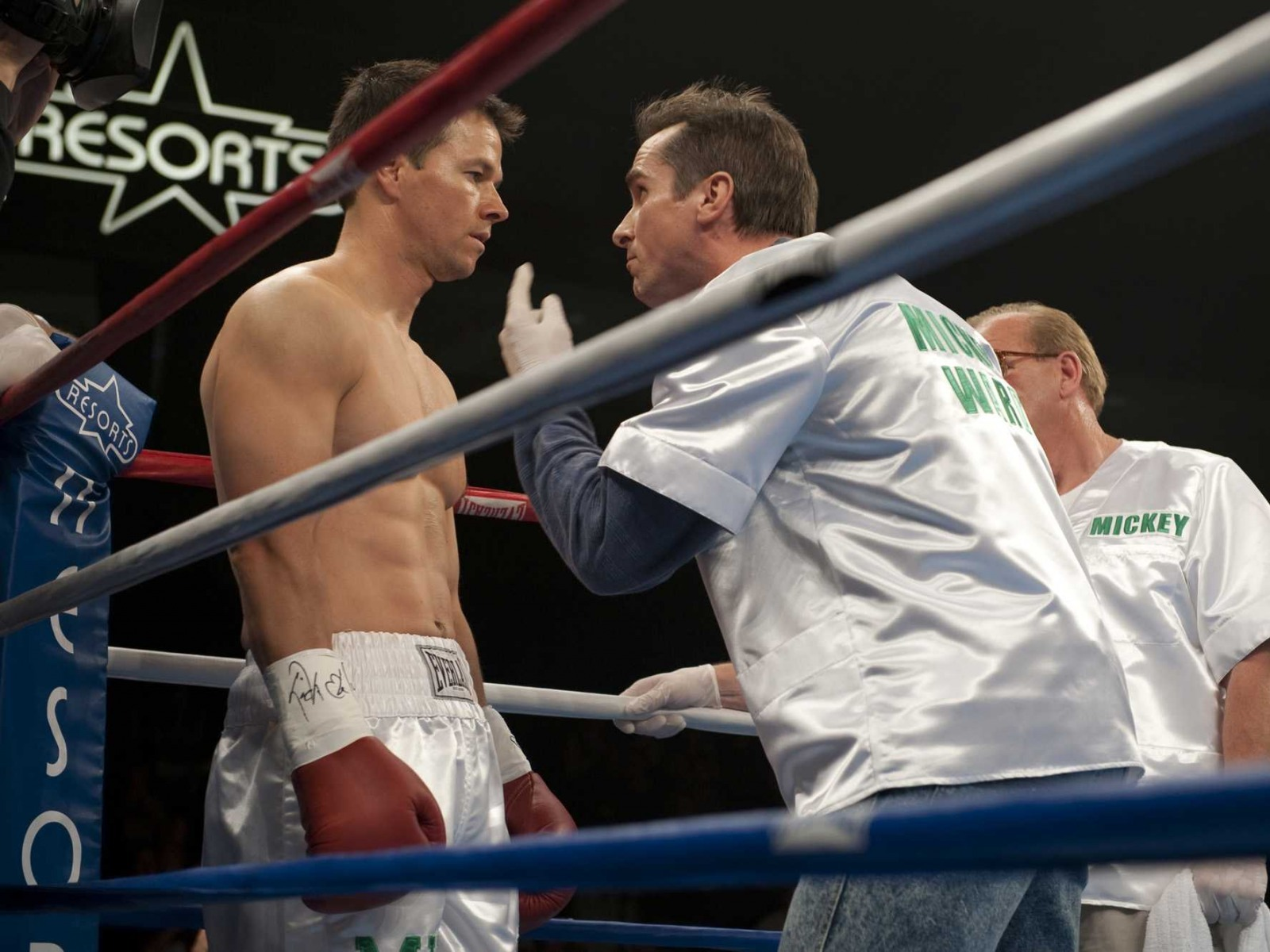 http://4.bp.blogspot.com/-sQRuVea-Uso/TtxHS0S-_MI/AAAAAAAAAgo/hU1W8aj5FtE/s1600/boxing-wallpaper-hd-6-719168.jpg