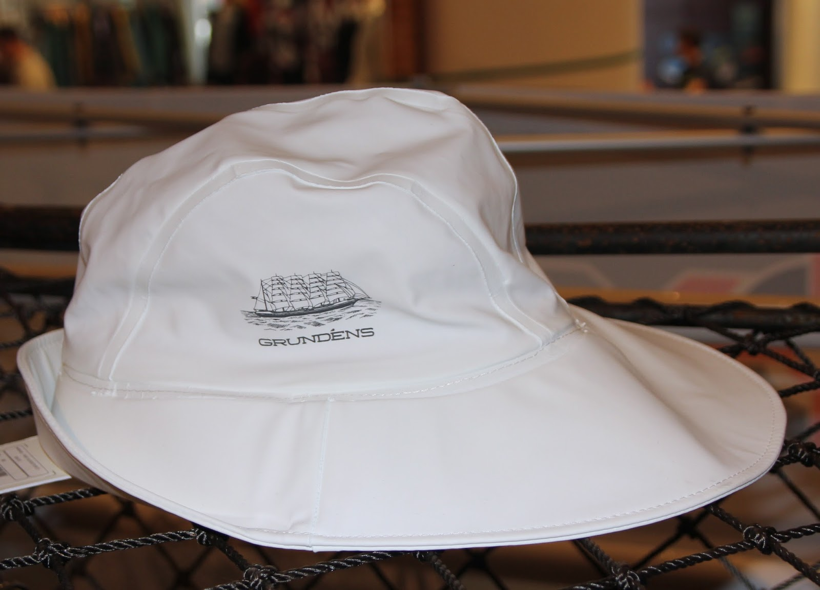 1fdbbab3ae5 GRUNDENS -fisherman style chapeau---in the signature rubber-extra wide brim  +welded water ditch leads off the wet weather