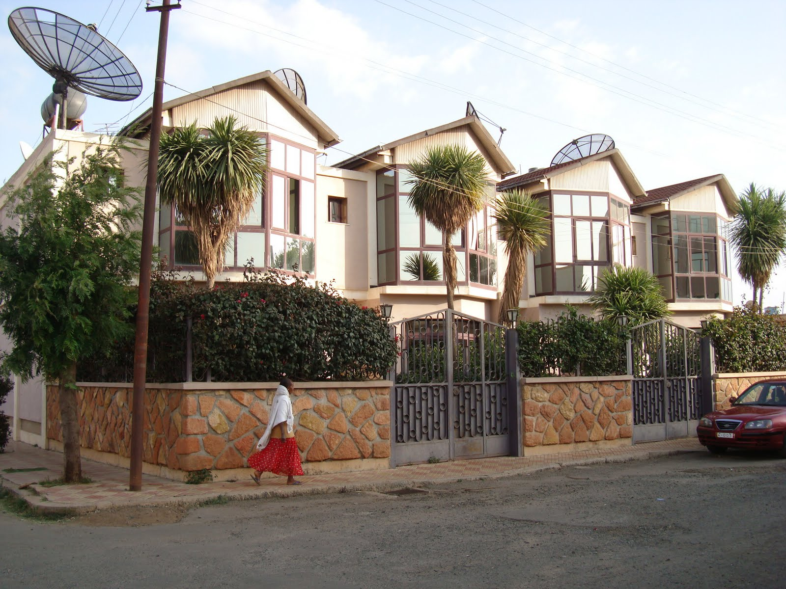 Asmara eritrea travel guide and travel info tourist for Houses pictures gallery