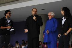 Tres fotos de la actividad EXPRESARTE 2012 realizada por Narracuentos UCAB el martes 23/10/2012.