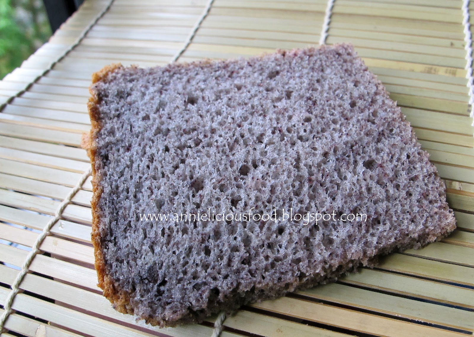 Annielicious food black glutinous rice chiffon cake black glutinous rice chiffon cake ccuart Images