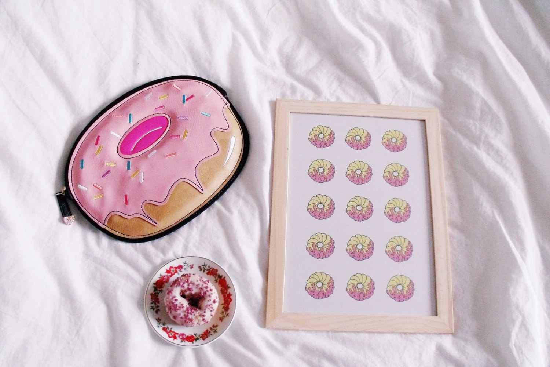 http://www.littlemissdelicious.com/ourshop/prod_3705364-Donut-Print.html