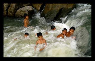 FOTO HOT ANAK SMU BERJILBAB Situs anak sd