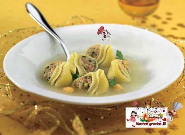 Sopa de 'Galets' rellenos