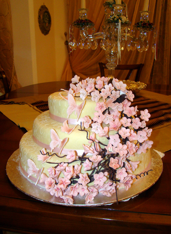 Dolcezze per l 39 anima monnalisa 39 s cakes torta con fiori for Piani ed elevazione di due piani