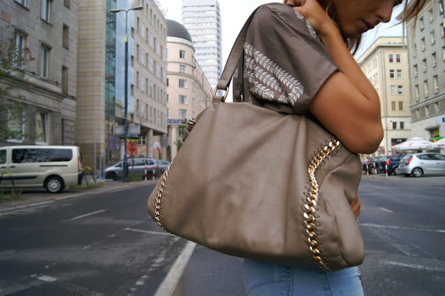 zara bag with chain
