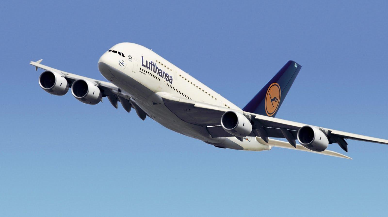 http://4.bp.blogspot.com/-sRdeEAUgYCE/TmOOaB3eoeI/AAAAAAAAGTE/izzLu34saFw/s1600/a380_lufthansa_airlines_germany_764337.jpg