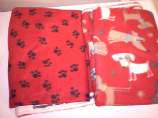 Doggy Patterned Fleece for No-Sew Blanket