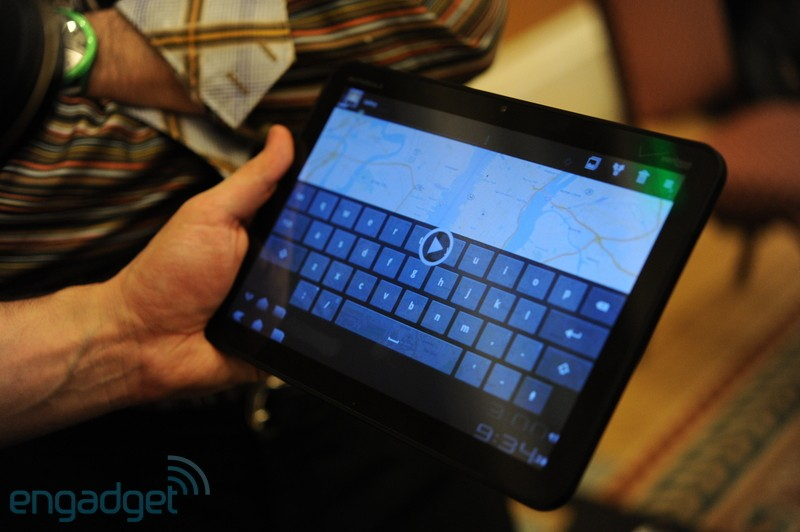 how to connect motorola xoom to tv