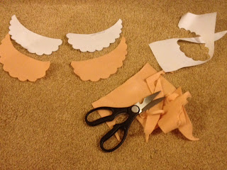 Cutting the Peter Pan collar template
