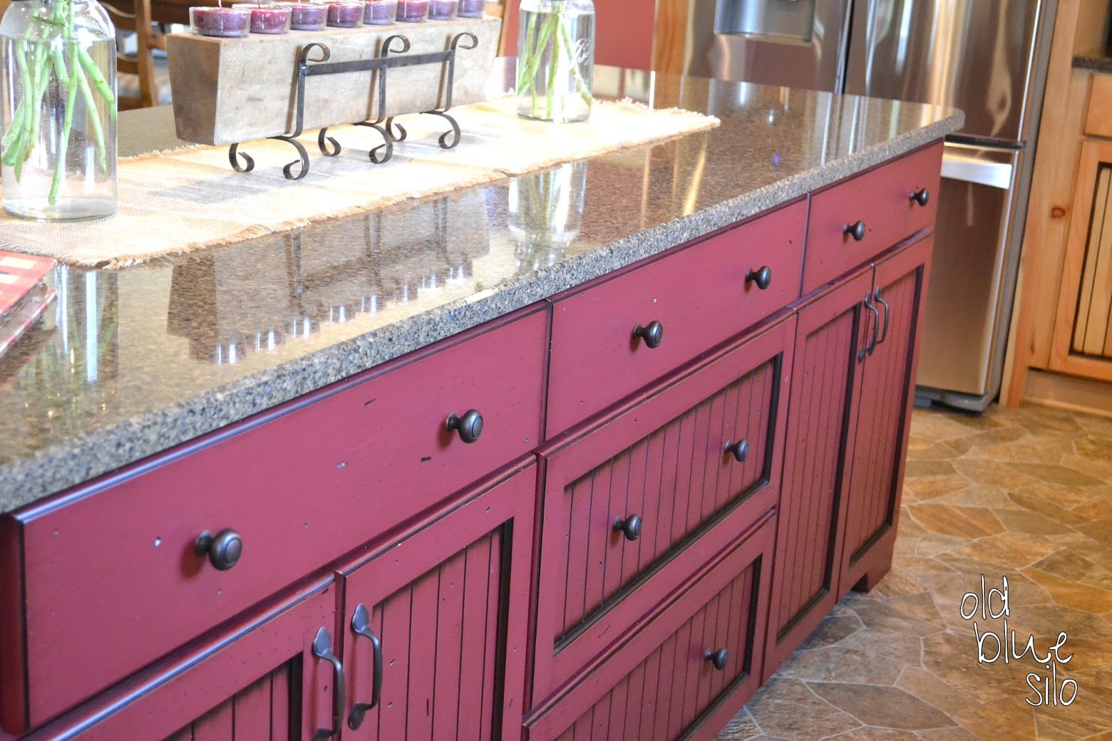 wanted a burgundy island to add some color to the kitchen my cabinet
