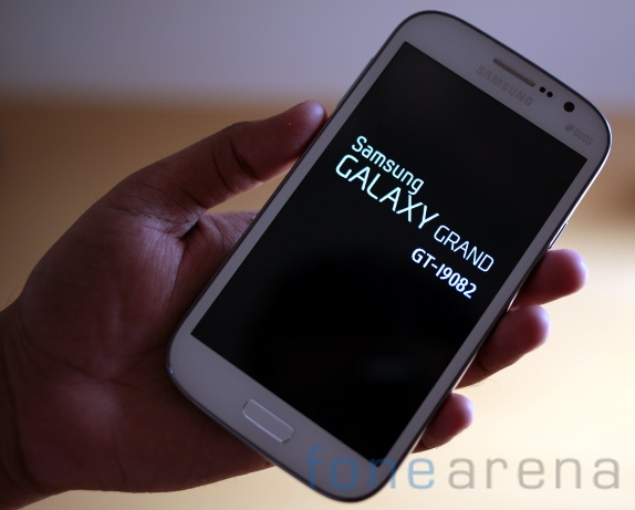 Geek center: GALAXY Grand duos