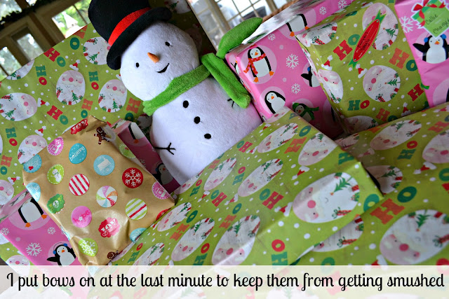 Mommy Testers tips for kid-friendly gift wrapping #DeliciousPairings