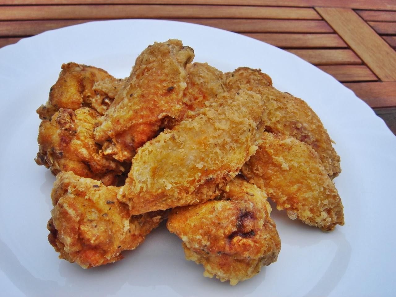 Ínycsiklandó csirkeszárnyak