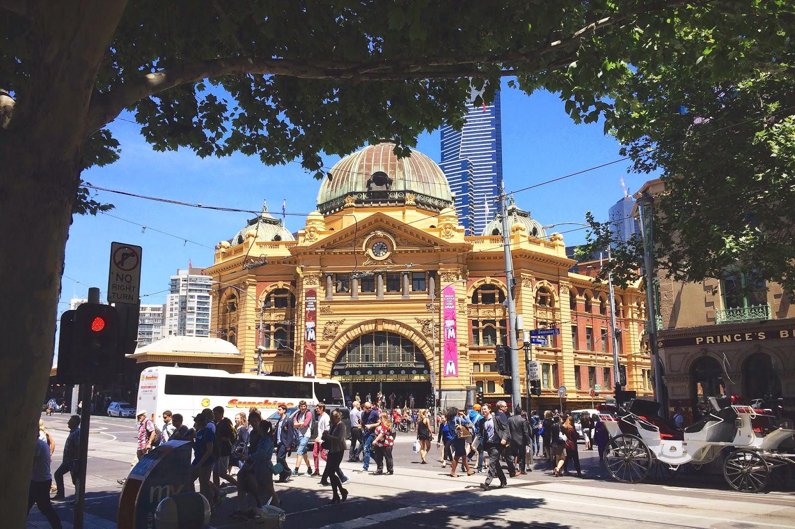 Bramble and Thorn, Flinders Street Station, Melbourne, Spring