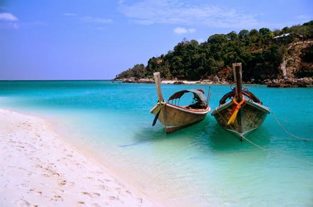 من أروع الشواطئ في العالم على خورة فقط ! zanzibar.jpg