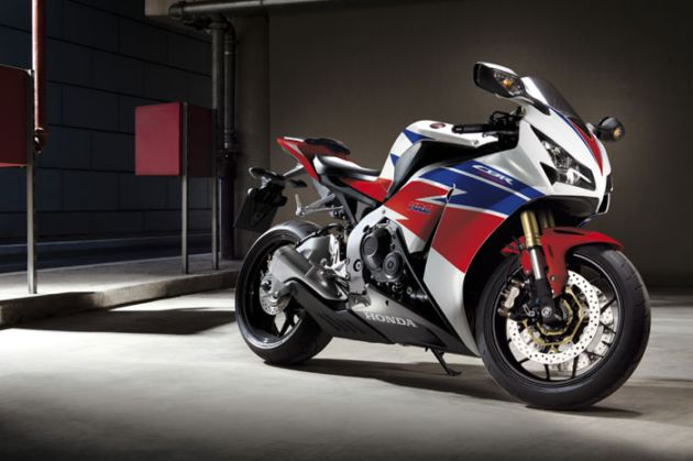 "Response to ""2013 Honda Fireblade with 2 New Color"""