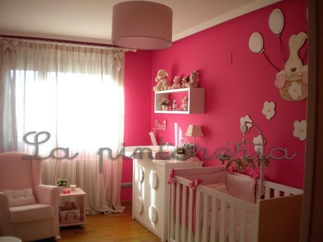 Deco chambre b b chambre petite fille - Decoration chambre peinture murale ...