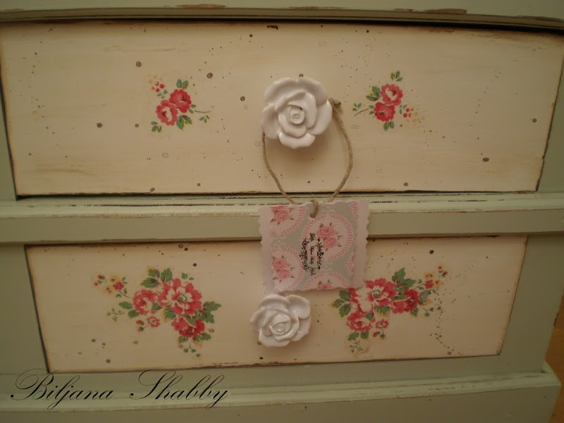 Biljana Shabby: Shabby chic, decoupage namjestaj & English Cottage