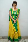 Shilpa chakravarthy sizzling photos-thumbnail-19
