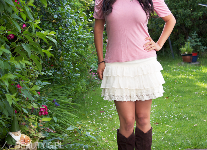 Outfit: Skirt & Boots in the Summer