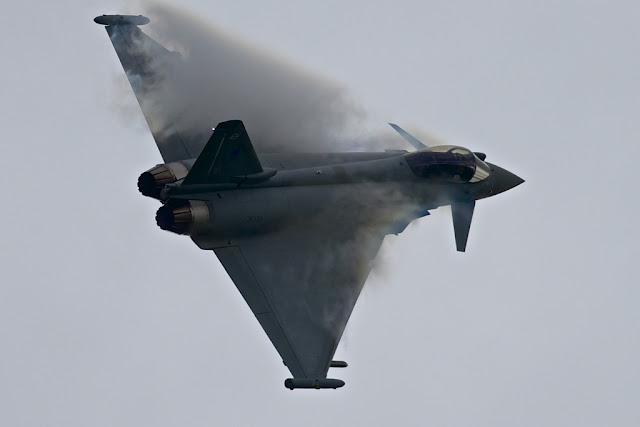 Eurofighter Typhoon vapor