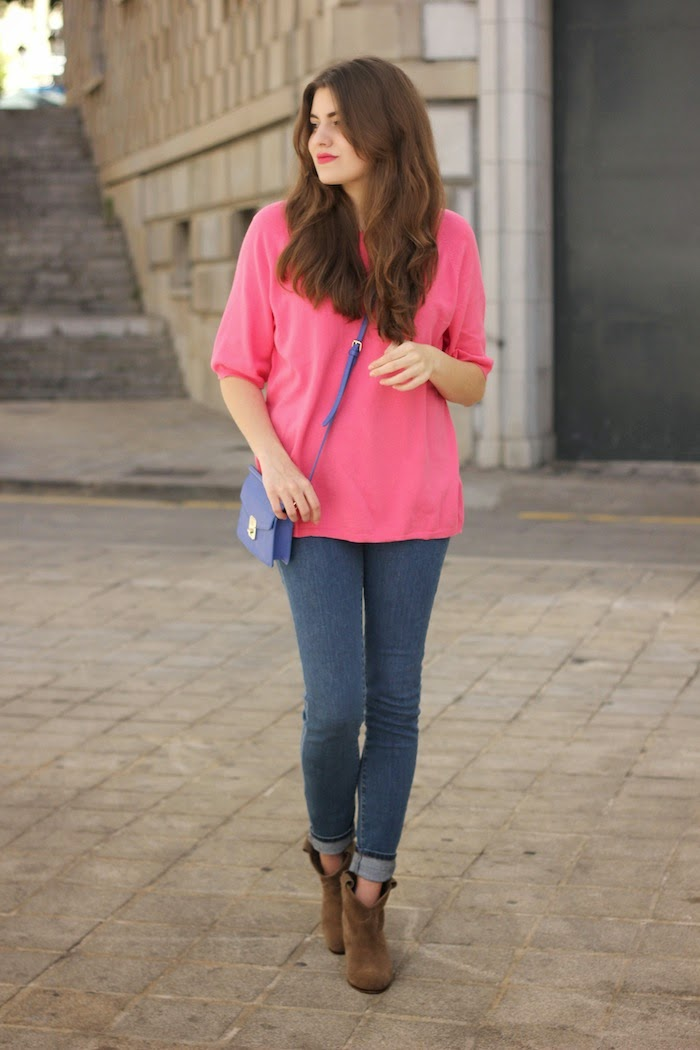 jersey_rosa_bolso_azul_zara_ss14_primavera_verano_2014_minibolso_bag_blue_pink_sweater_jeans_look_outfit_angicupcakes02