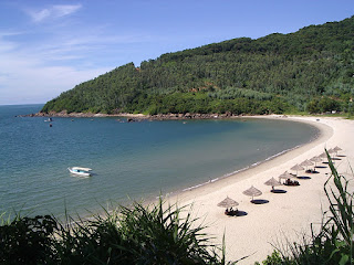 Top 5 -  the most fascinating beaches in Central Coast of Vietnam 1