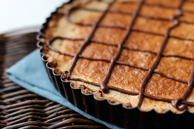 almond tart italian almond tart tangerine and almond shortbread tart ...