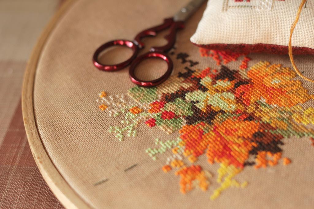 Вышивка венок с пшеницей риолис 84