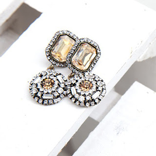 http://elleez.eu/de/ohrringe/2091-elleez-earrings-e070.html