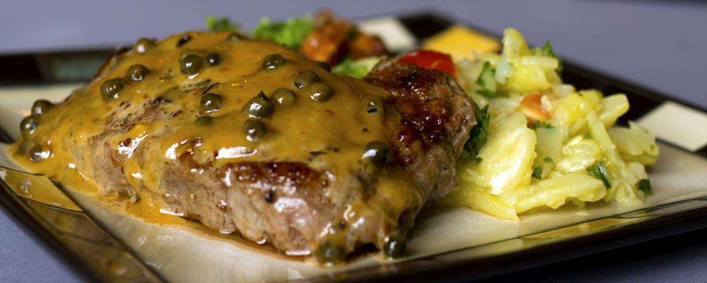 Artsy Bites: Steak au Poivre | Friptura de Vita cu Sos de Piper