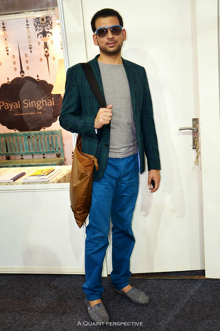 A 2BSB (two button single breast)casual jacket in a tonal tartan plaid in blue/green is what caught my eye on Idrees. He wore this simple grey melange T and a pair of chinos in Cerulean blue, which is as effortless casual as it could get.