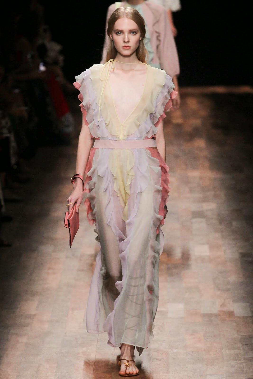 valentino 2015 summer 2016 trend women dress46 Valentino 2015 samling, våren sommaren 2016 Valentino klänning modeller, Valentino kväll klänning nya säsongen kvinnors kjolar modeller