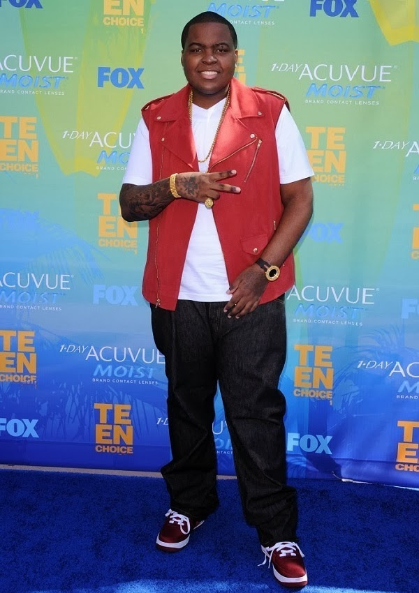 celebrity heights how tall are celebrities heights of celebrities how tall is sean kingston. Black Bedroom Furniture Sets. Home Design Ideas