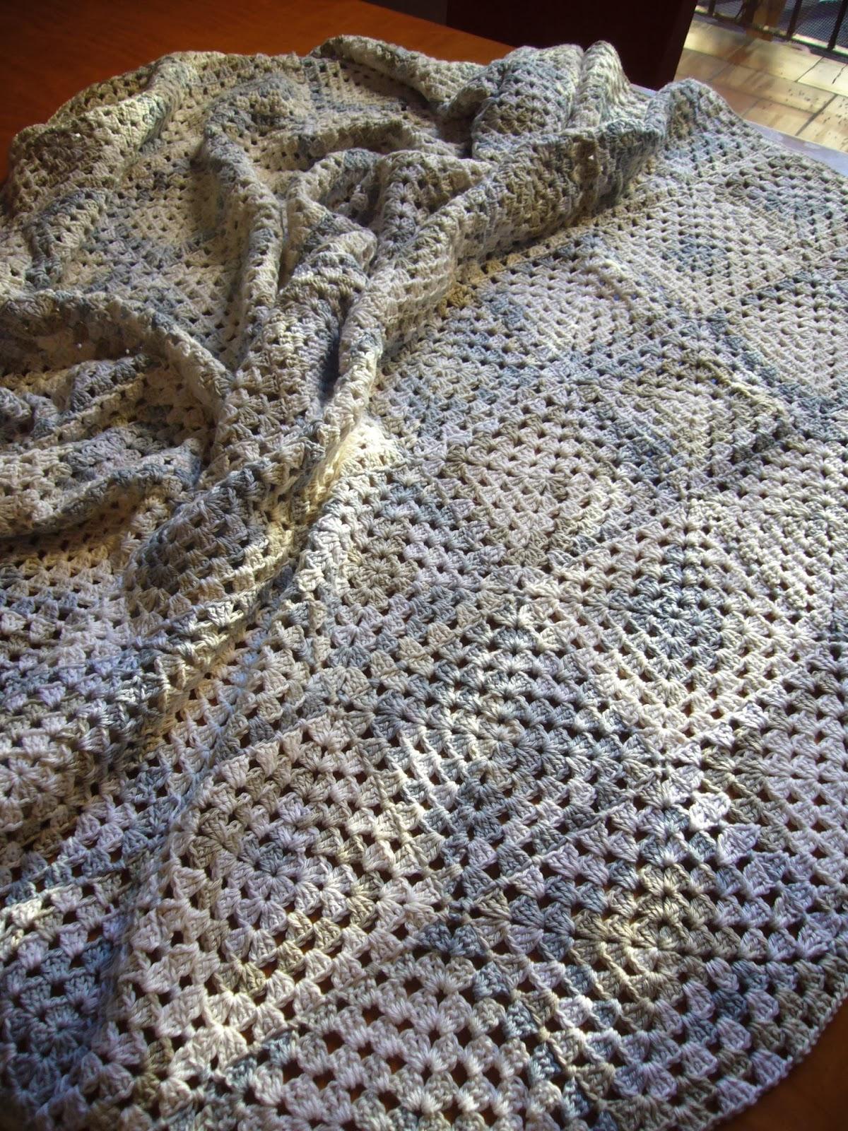 Dedal aguja e hilo manta para sof for Sofas y punto
