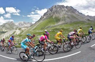 tour de france Jornadas Ciclistas 28.y 29.Abril en Benidorm previas a la salida de la 66ª Vuelta Ciclista a España 2011